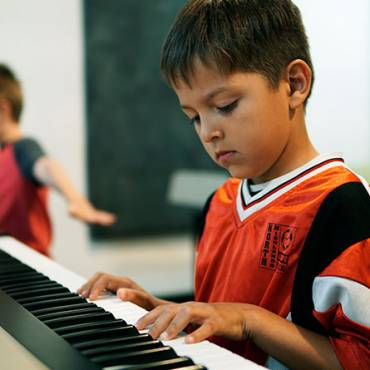 Group Piano Classes for Children  (Ages 9-11)